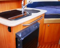 Bayliner Discovery 246 (Video) 14