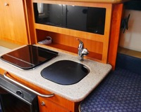 Bayliner Discovery 246 (Video) 16