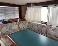 Bayliner 2858 Command Bridge (MA) 14